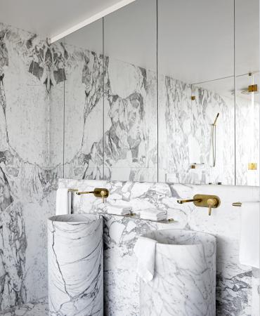 Conquest™ interior bathroom