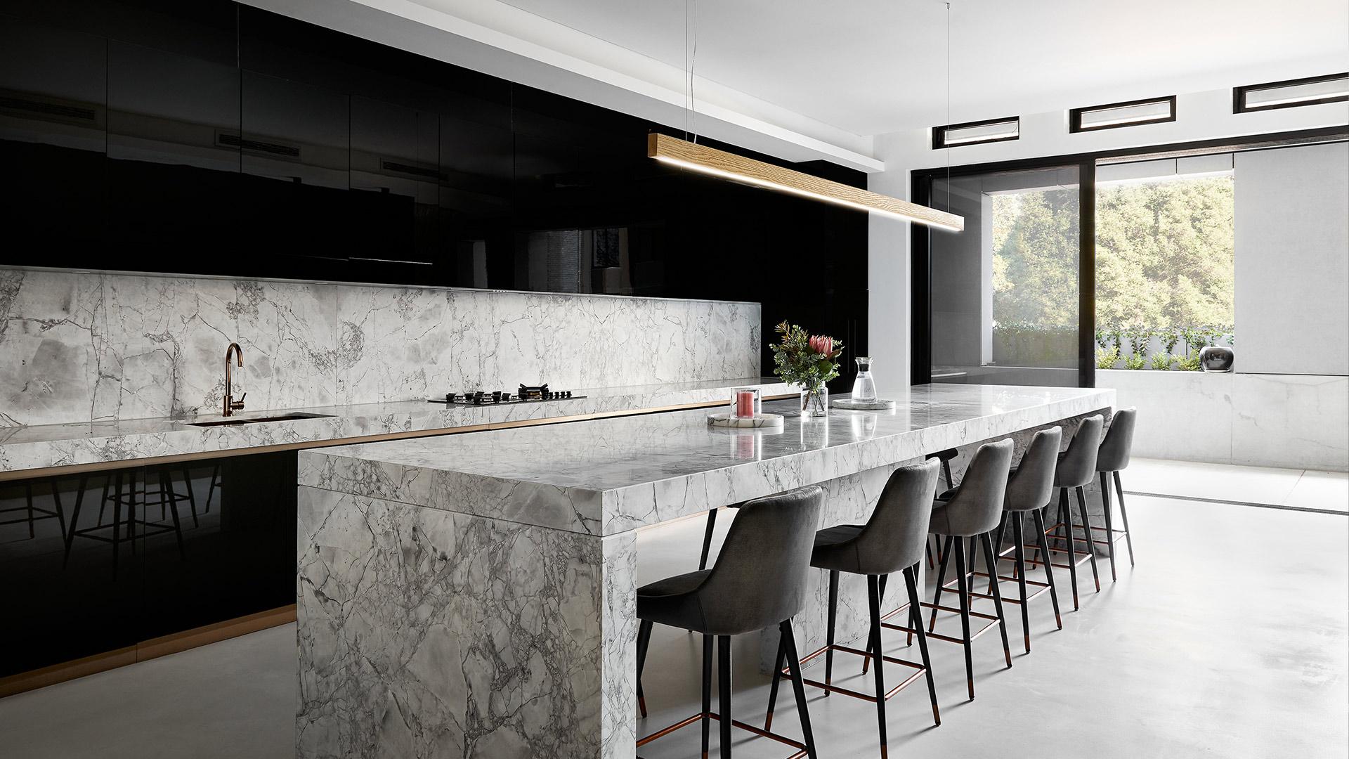 Conquest™ Crowne Plaza kitchen