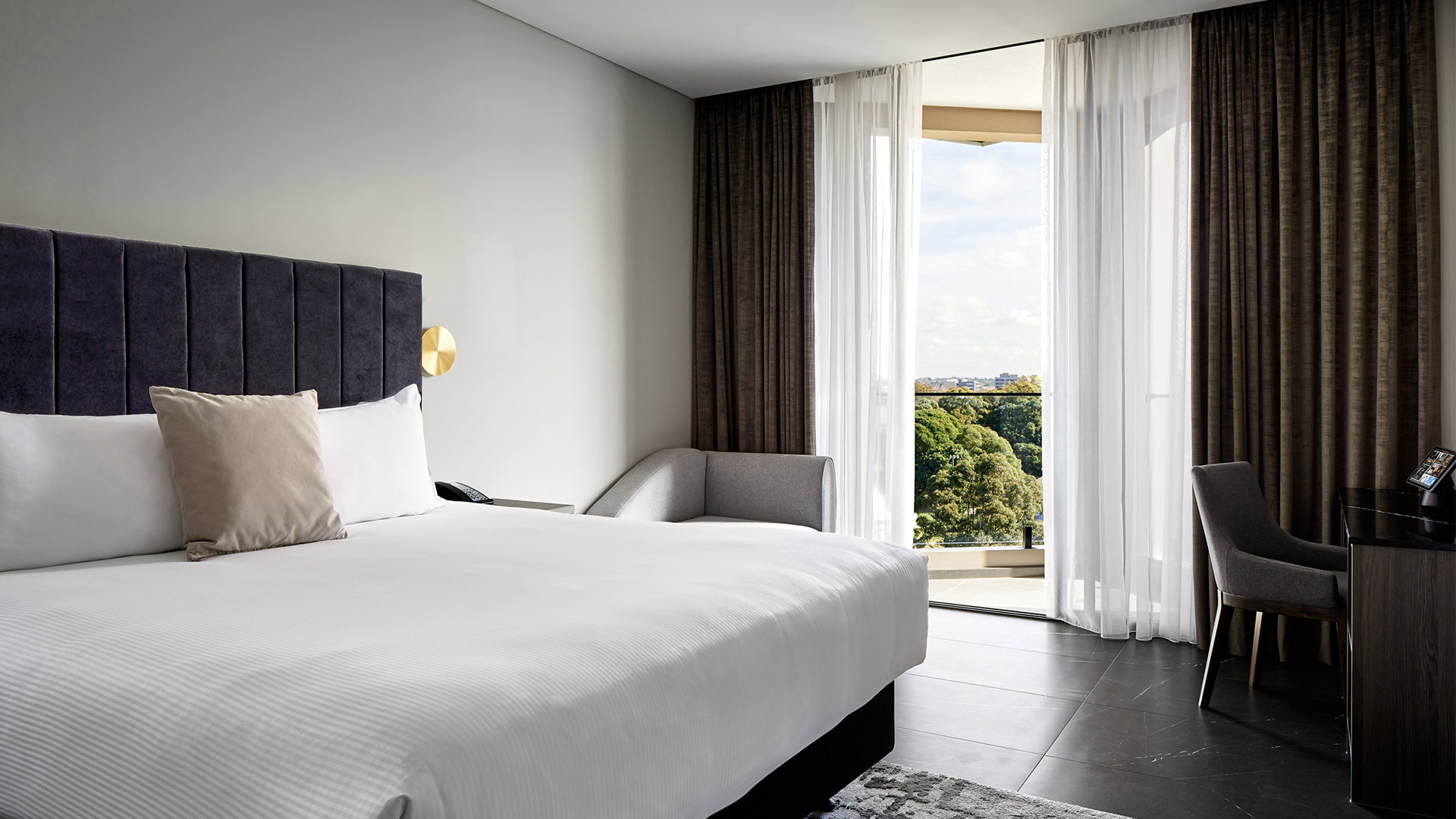 Conquest™ Crowne Plaza bedroom view